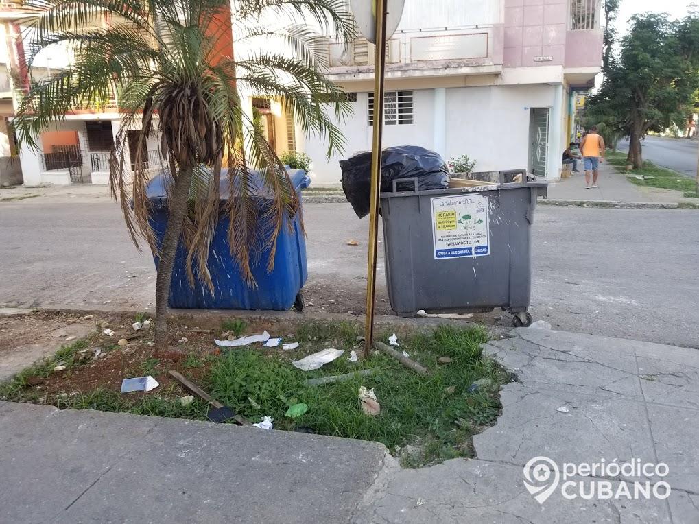 Arrestan en La Habana a varios sospechosos de robar contenedores plásticos para basura