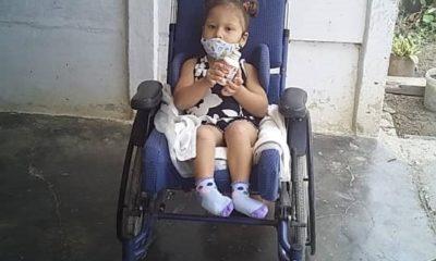 niña discapacitada