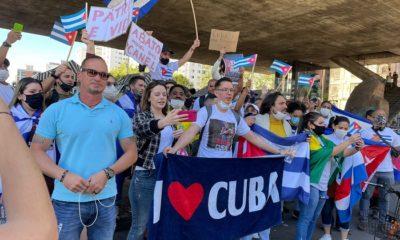 Cubanos en el Vaticano y Brasil apoyan las protestas en la Isla