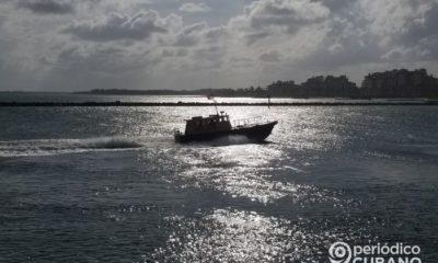 Flotilla de botes de Miami lanza fuegos artificiales avistados desde Cuba