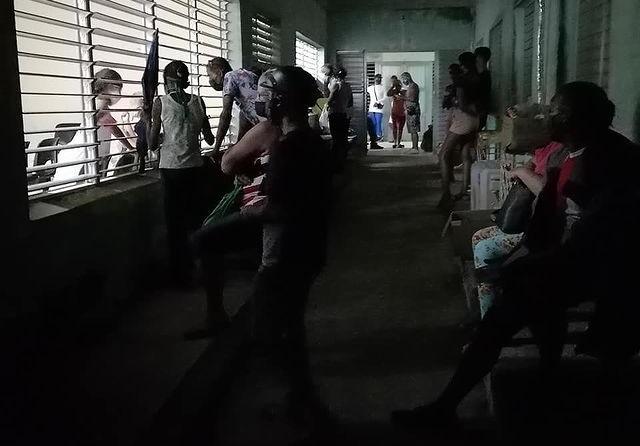 Casos de COVID-19 provocan colapso del Policlínico José Antonio Echeverría en Matanzas