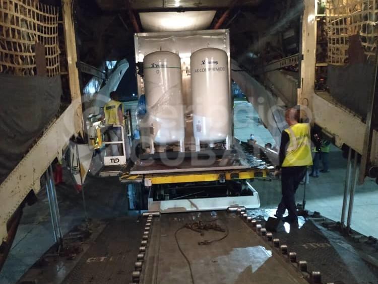 Arriban a Cuba plantas móviles para la fabricación de oxígeno