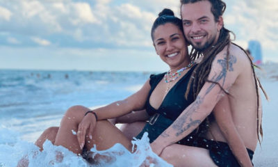 Camila Arteche y Néstor Jiménez Jr. pasan un día de amor en la playa